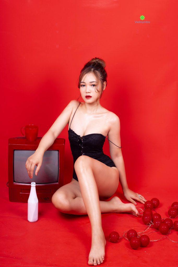 Bên cạnh công việc chính là dancer, Riri còn bén duyên với nghề mẫu ảnh.