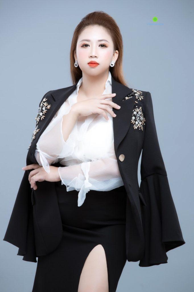 Chân dung Châu Thùy Hương - CEO của Thạch dừa Xuân Mai