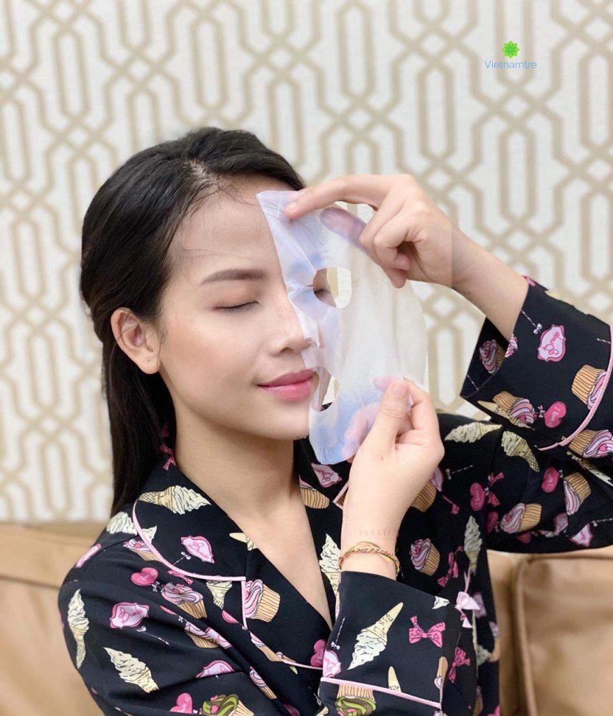 Mặt nạ dừa giúp da mặt được làm sạch, dưỡng ẩm và trắng sáng