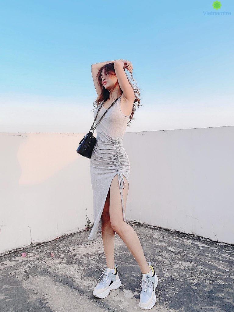 Các sản phẩm tại Yoona F&c giúp người mặc khoe được những đường cong trên cơ thể