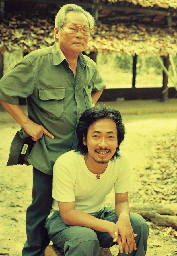 """Đạo diễn Nguyễn Quang Dũng: """"Tôi cố gắng học để không làm mất mặt ba mình"""""""