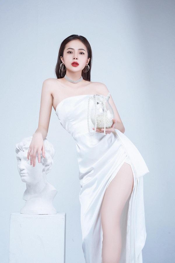 Vẻ đẹp của người mẫu 9x