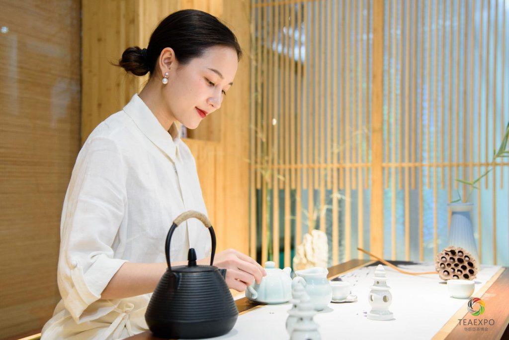 Chuyên gia Trần Thanh Trang và niềm đam mê nhiệt huyết với trà đạo