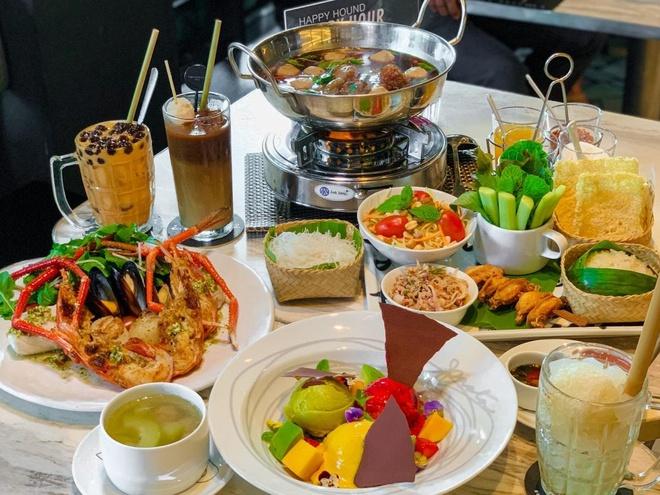 Menu Bangkok Favorite của nhà hàng được lấy cảm hứng từ các món ăn đường phố của Bangkok.