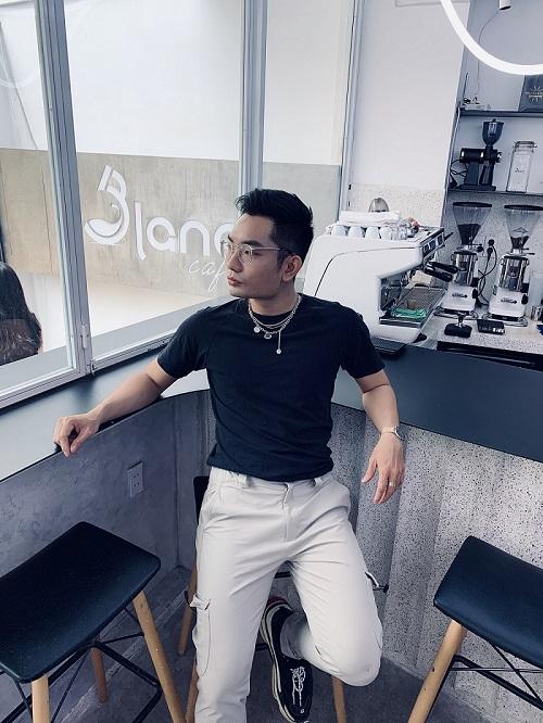 Đoàn Hồ Duy Thiện - Chàng makeup artist điển trai