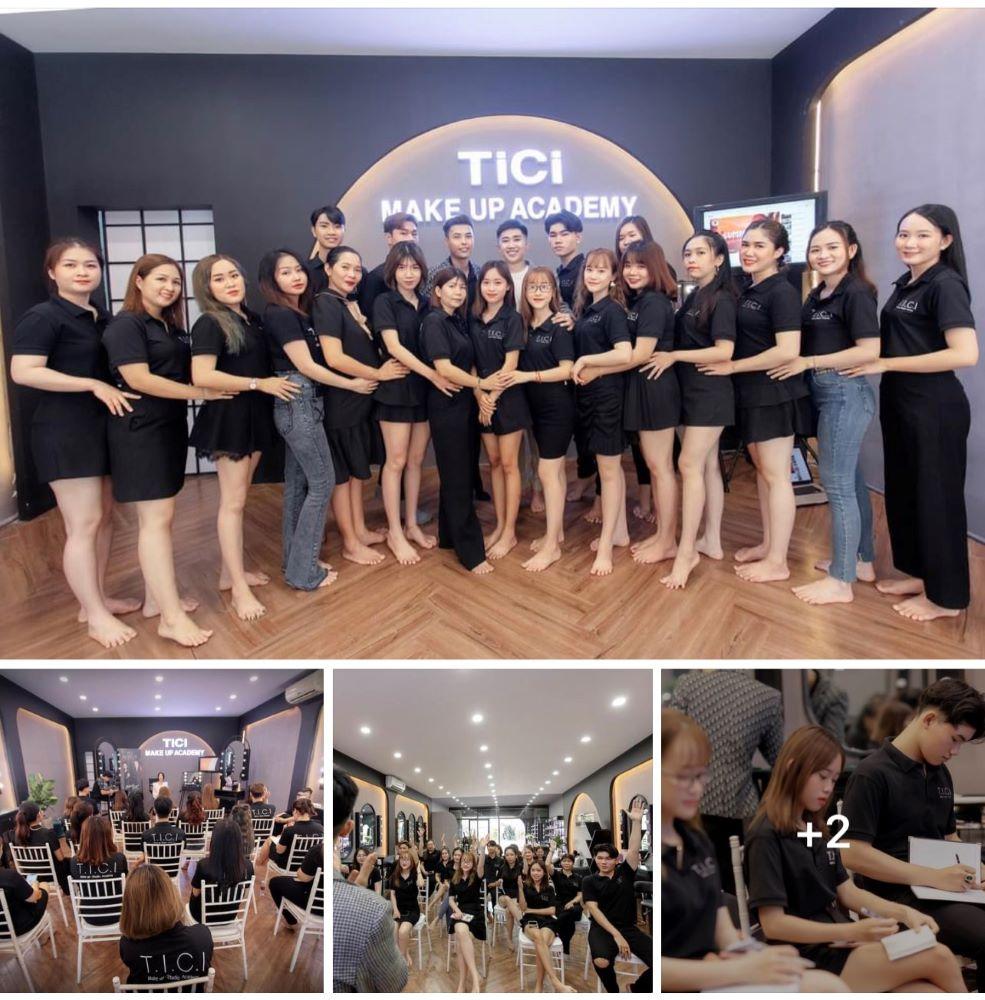 Những buổi học trực tiếp tại TICI Makeup Academy những ngày trước dịch